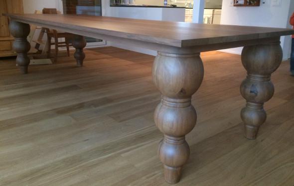 Einzigartiger Tisch für die Ewigkeit